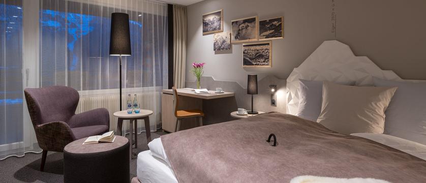 Doppelzimmer_Premium_Sunstar Hotel Grindelwald_Schweiz_s.jpg